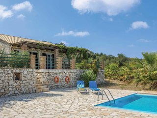 2 bedroom Villa in Klonatika, Ionian Islands, Greece - 5707457