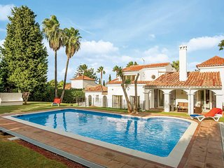 3 bedroom Villa in Sotogrande, Andalusia, Spain - 5707953
