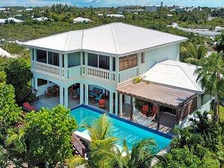 Pelican Nest,Cocoa Villa- 4,000 sq./ft on Grace Bay beach