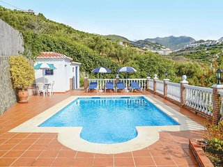 2 bedroom Villa with Pool, Air Con and WiFi - 5706936