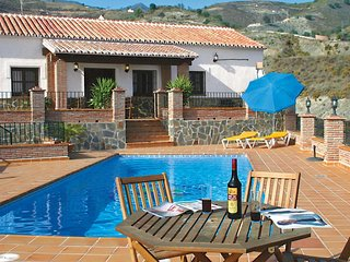 5 bedroom Villa with Pool, Air Con and WiFi - 5705889