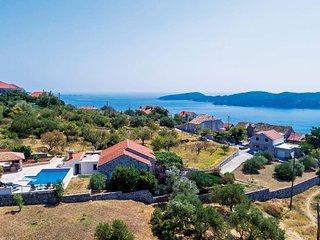 3 bedroom Villa in Poljice, Dubrovačko-Neretvanska Županija, Croatia : ref 57053