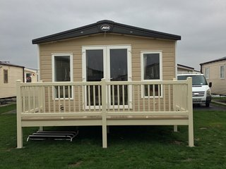Platinum ,delux static caravan  . Now ready to let