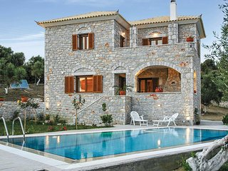 2 bedroom Villa in Tapia, Peloponnese, Greece : ref 5707023