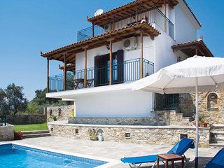 2 bedroom Villa in Glóssa, Thessaly, Greece - 5707589