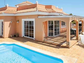 4 bedroom Villa in Urbanización Fuerteventura Golf Club, Spain - 5707294