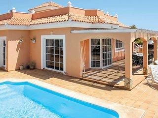 4 bedroom Villa in Urbanizacion Fuerteventura Golf Club, Canary Islands, Spain :