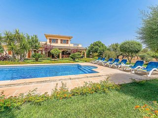 5 bedroom Villa in Santa Margalida, Balearic Islands, Spain - 5705607