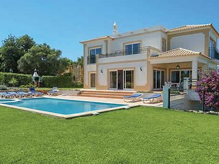 4 bedroom Villa in Terras Novas, Faro, Portugal - 5707071