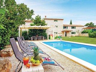 4 bedroom Villa in Ladići, Istria, Croatia - 5706923