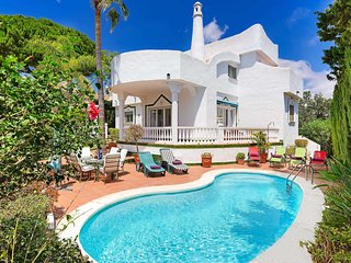 4 bedroom Villa in Artola, Andalusia, Spain - 5705345