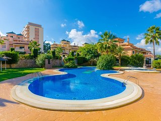 Spacious apartment in Cales de Mallorca with Parking, Internet, Washing machine,