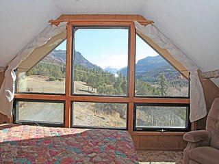 Rustic Cabin - 4 miles from Downtown Ouray