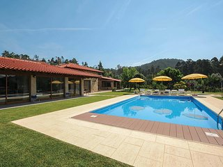 3 bedroom Villa in Agrelo, Braga, Portugal - 5706790