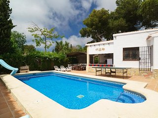 Spacious villa in Xabia with Internet, Washing machine, Pool