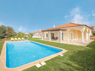 4 bedroom Villa with Pool, Air Con and WiFi - 5706846