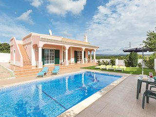 3 bedroom Villa in Ferrarias, Faro, Portugal - 5707570
