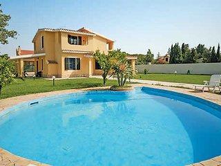 4 bedroom Villa in Flumini, Sardinia, Italy - 5707410