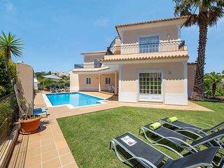 3 bedroom Villa in São Rafael, Faro, Portugal - 5705956