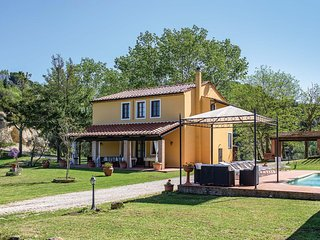 4 bedroom Villa in Legoli, Tuscany, Italy : ref 5705672