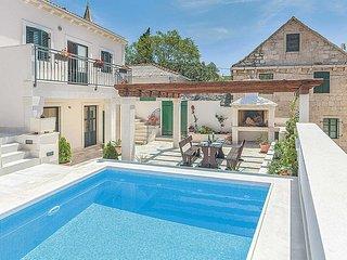 5 bedroom Villa in Povlja, Splitsko-Dalmatinska Županija, Croatia - 5704955