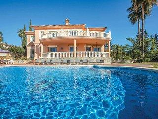 5 bedroom Villa in La Cala De Mijas, Andalusia, Spain - 5705976