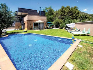 5 bedroom Villa in Sentmenat, Catalonia, Spain : ref 5707119