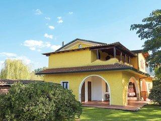 4 bedroom Villa in Massa Macinaia, Tuscany, Italy : ref 5706915