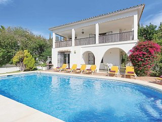 4 bedroom Villa with Pool, Air Con and WiFi - 5706507