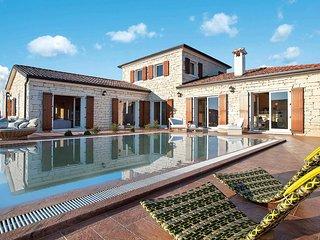 3 bedroom Villa in Čabrunići, Istria, Croatia - 5706416