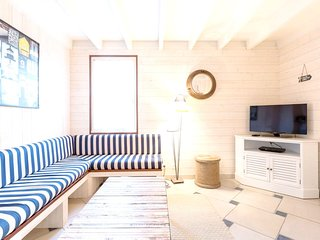 Cozy house in St-Malo with Parking, Internet, Washing machine, Pool