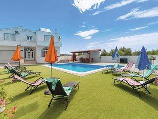 4 bedroom Villa in Ražine, Šibensko-Kninska Županija, Croatia - 5705374