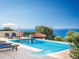 3 bedroom Villa in Vlacháta, Ionian Islands, Greece - 5705212