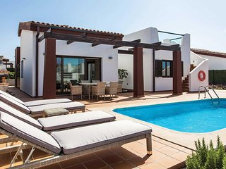 3 bedroom Villa in Urbanización Fuerteventura Golf Club, Spain - 5707129