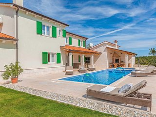 4 bedroom Villa in Batlug, Istria, Croatia : ref 5707186