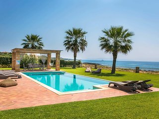 3 bedroom Villa with Pool, Air Con and WiFi - 5707999
