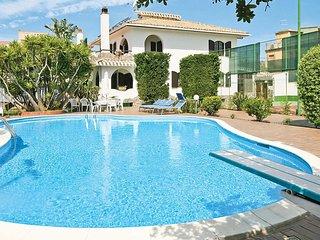 5 bedroom Villa in Flumini, Sardinia, Italy - 5705747