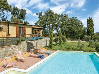 2 bedroom Villa in Lustignano, Tuscany, Italy - 5707502