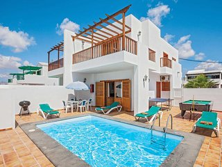 2 bedroom Villa in Puerto del Carmen, Canary Islands, Spain - 5706350