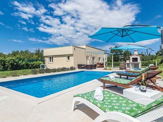 2 bedroom Villa in Bale, Istria, Croatia : ref 5705342