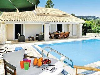3 bedroom Villa in Lithiasménos, Ionian Islands, Greece - 5707315