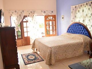 Ocean Blue room - Chateau Margarite