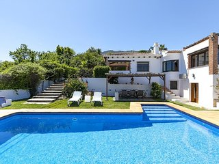 Cozy villa in Dénia with Internet, Washing machine, Pool