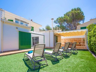 Spacious house in Colonia de Sant Pere with Internet, Washing machine, Air condi