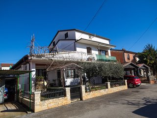 Cozy apartment very close to the centre of Umag with Internet, Air conditioning,