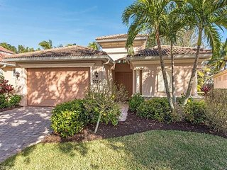 Beautiful Naples Florida Coach Home