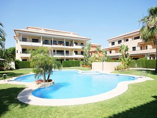 Spacious apartment in Platja de l'Arenal with Internet, Washing machine, Air con