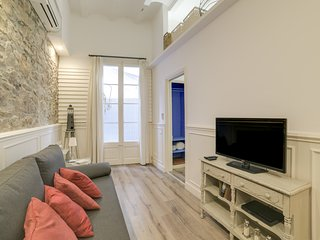 Stylish 1 Bed Apt w/ Terrace in Lesseps