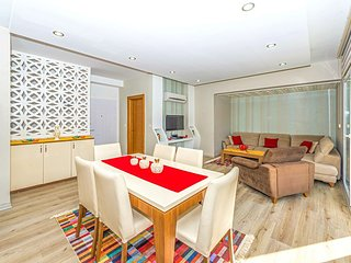 Pınara Residence - Luxury 3 Bedroom Holiday Apartment in Hisarönü