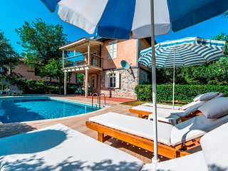 Wonderful Holiday Villa in Oludeniz - Villa Epik